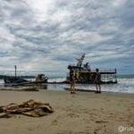 Barco encallado en Playa Manzanillo