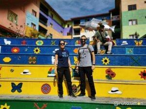 Que ver en Medllín - Plaza de los Zócalos en Guatapé