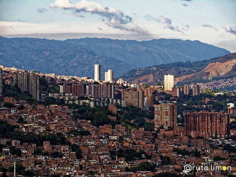 Edificios de Medellín, que ver en Colombia