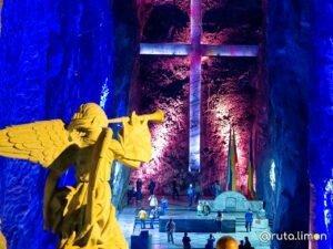 Cruz en la catedral de Zipaquira